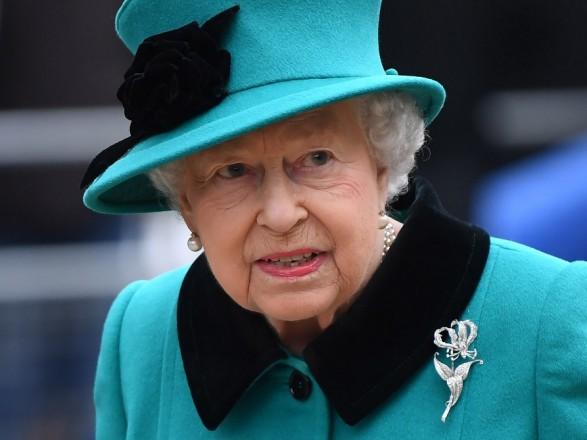 Королеву Елизавету II уличили в злоупотреблениях и сокрытии доходов
