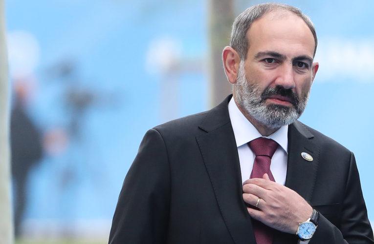 Пашинян извинился перед народом за свои ошибки