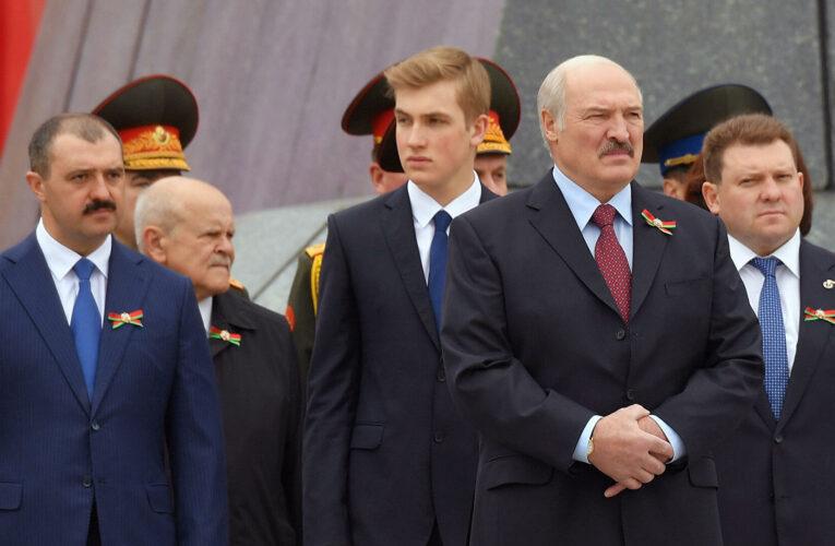 Лукашенко назвал возможных кандидатов на пост президента Белоруссии