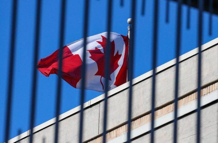 Канада ввела санкции против России и Украины