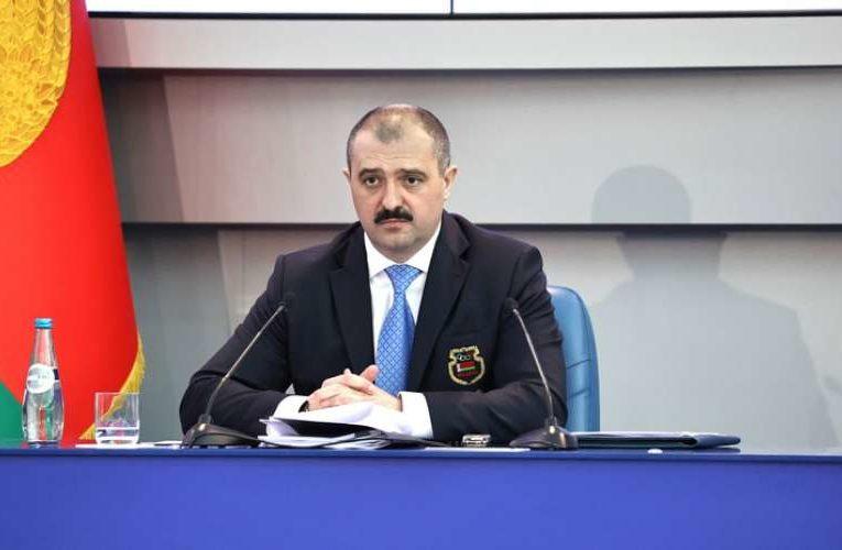 Лукашенко присвоил своему сыну звание генерала