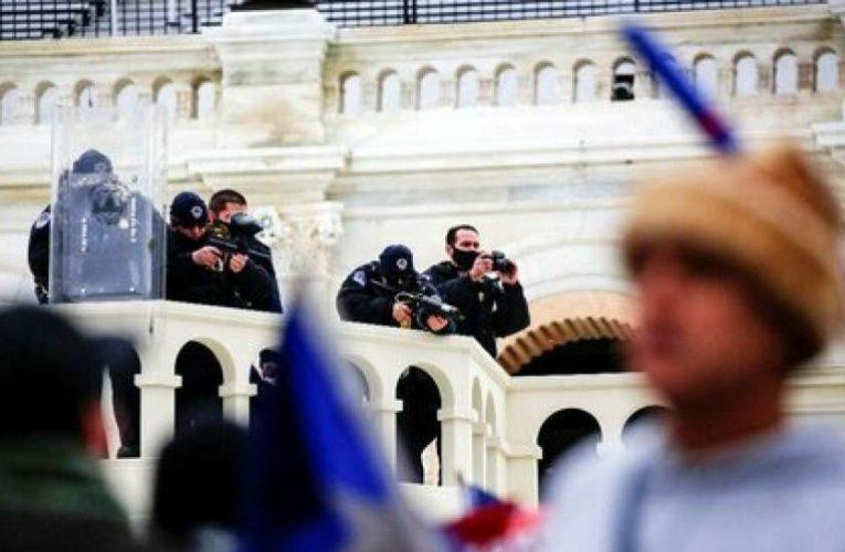 В Вашингтоне готовятся к возможному штурму Капитолия