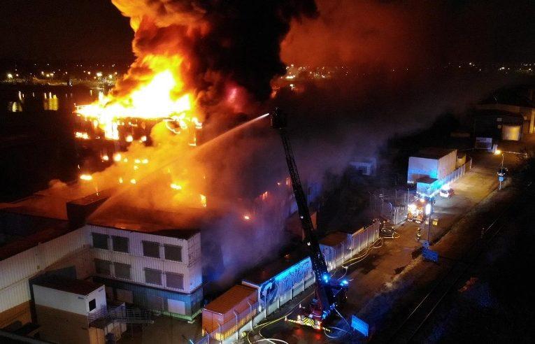 Пожар в крупнейшем дата-центре Европы «положил» сайты по всему миру