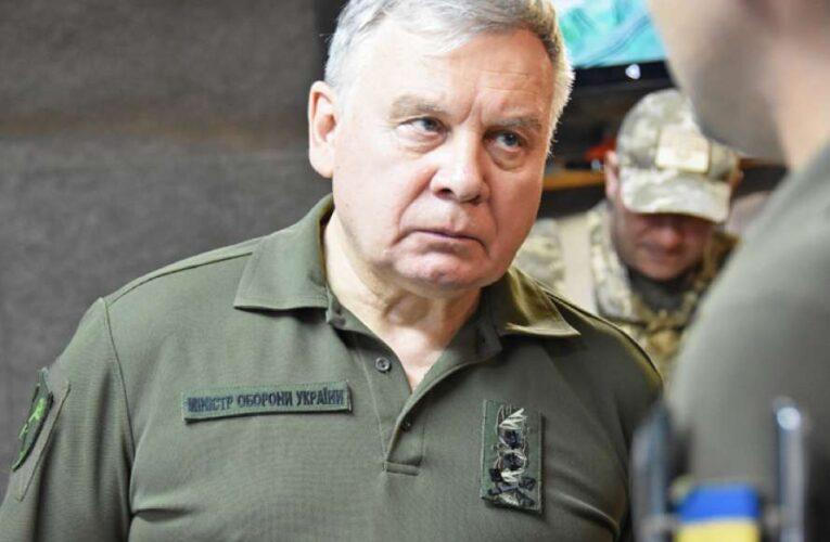 Министр обороны задекларировал миллионные доходы
