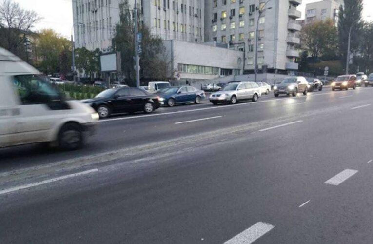 На семи улицах Киева отменят ограничение скорости