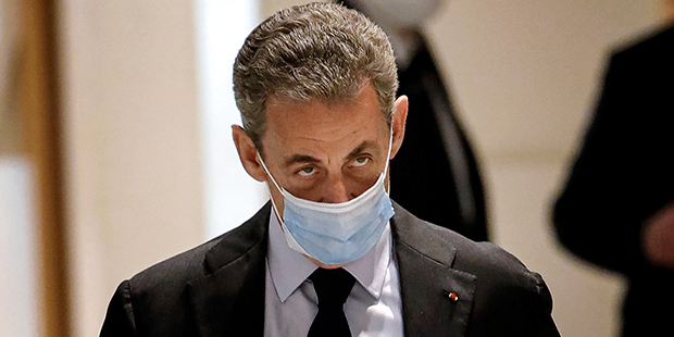 Суд отправил Николя Саркози в тюрьму за коррупцию