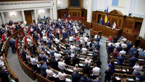 В Раде поддержали законопроект о лишении свободы за ложь в декларациях