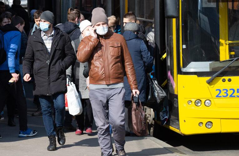В КГГА рассказали, кто будет будет осуществлять карантинный контроль в общественном транспорте Киева