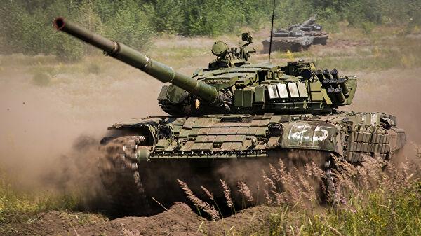 Кремль прокомментировал переброску российских войск к границе Украины