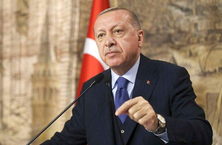 Полный локдаун объявили в Турции из-за коронавируса