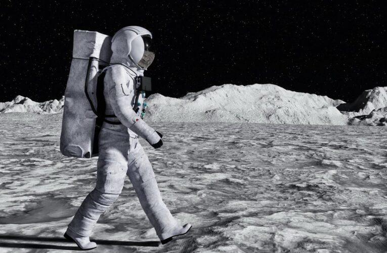 Ученые NASA посчитали, за сколько дней можно обойти Луну