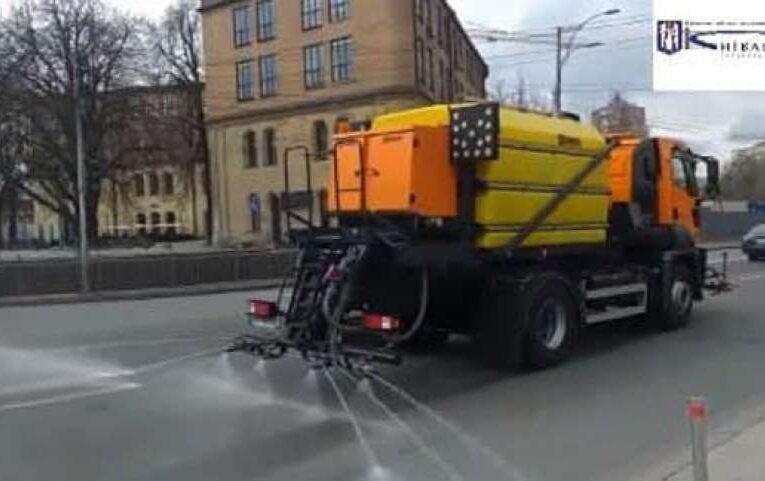В Киеве дороги вымоют шампунем
