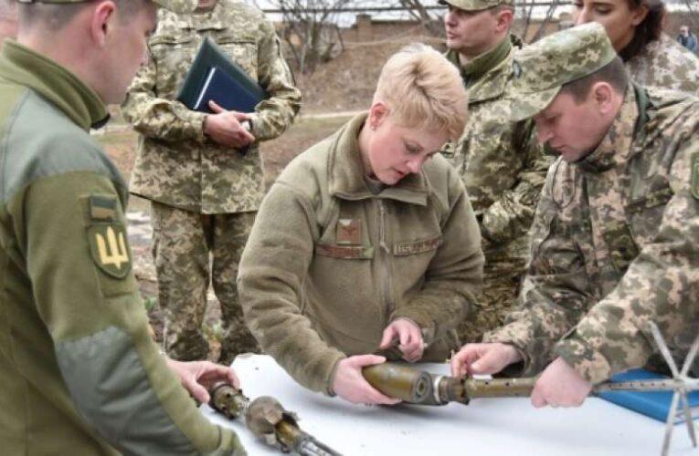 Американские военные посетили фронтовые позиции ВСУ