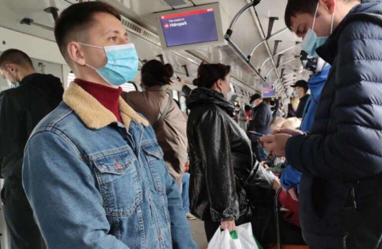 Специалисты выяснили, в каких местах чаще всего инфицируются коронавирусом украинцы