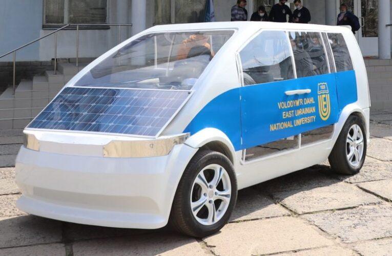 Украинские ученые создали свой электромобиль (Фото)
