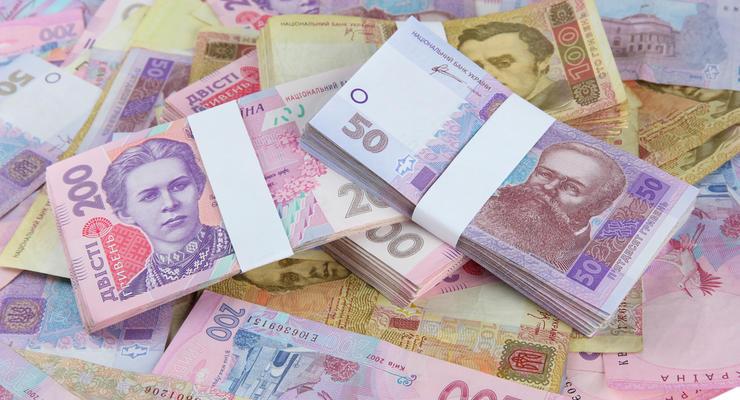 Кабмин постановил, кто сможет получить 8 тыс.грн карантинной компенсации (Документ)