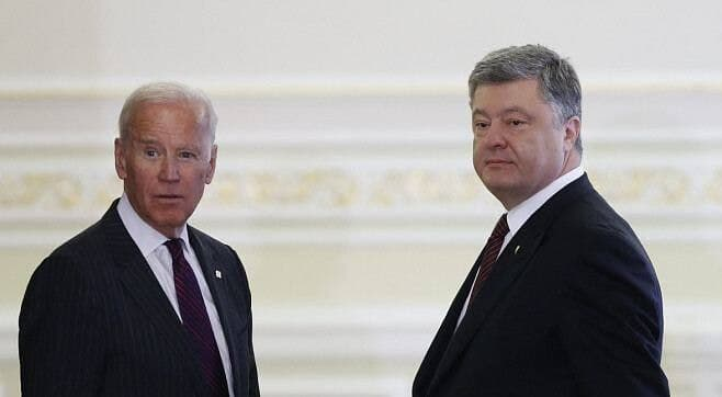 Еврокомиссия может применить санкции к Порошенко и Байдену