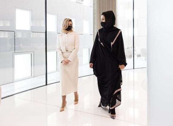 Елена Зеленская затмила нарядом жену эмира Катара (Фото)