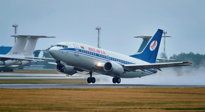 Авиасообщение с Беларусью приостановили уже шесть стран