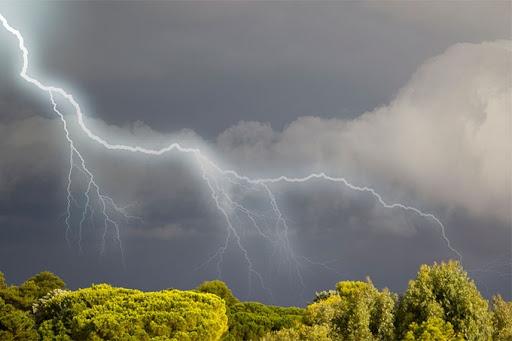 Завтра в Украине ожидаются ливневые дожди и грозы