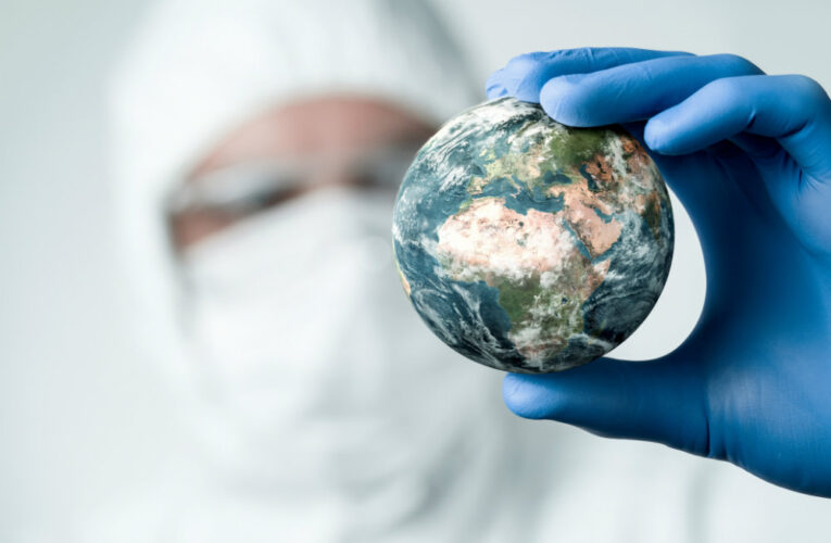 ВОЗ заявила о снижении темпов пандемии