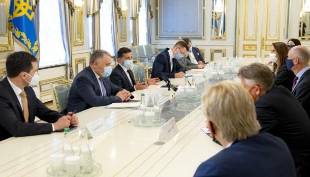 Зеленский провел встречу с министрами иностранных дел стран Бенилюкса