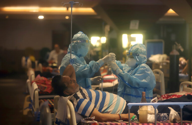 Индия вновь побила собственный рекорд по числу новых больных COVID-19