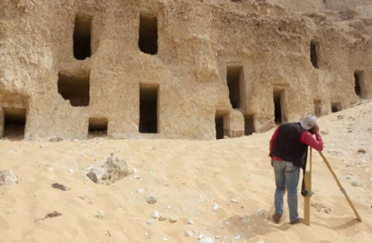 В Египте нашли сотни неизвестных гробниц, сохранившихся со времен пирамид