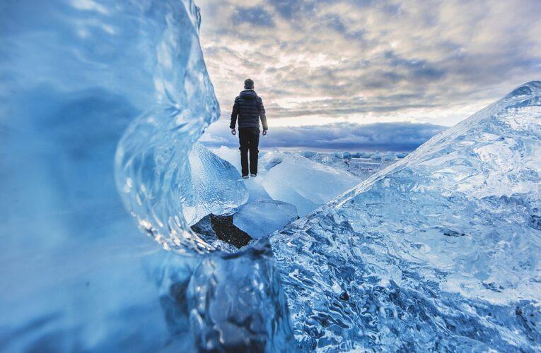 Ученые нашли микропластик в отдаленном леднике Исландии