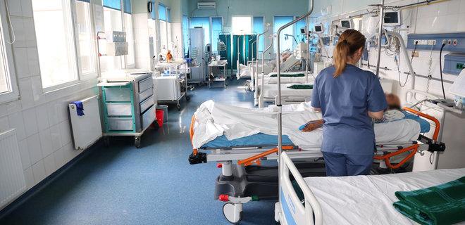 В Украине возросла суточная смертность от коронавируса