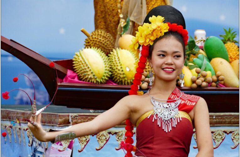 Таиланд открывает один из курортов для вакцинированных туристов