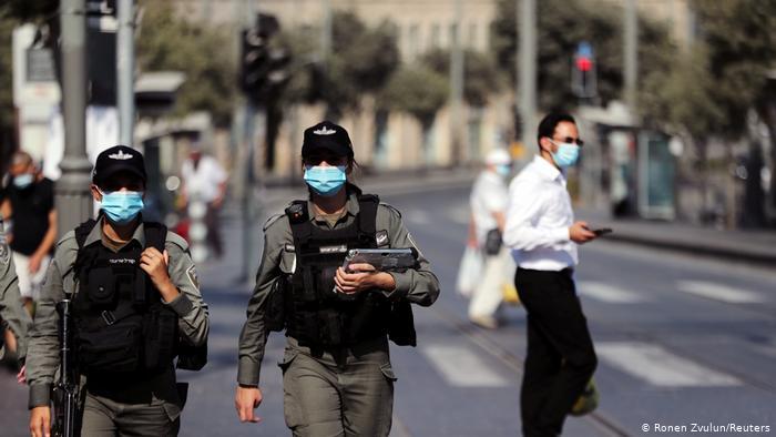 Израиль возвращает карантинные ограничения