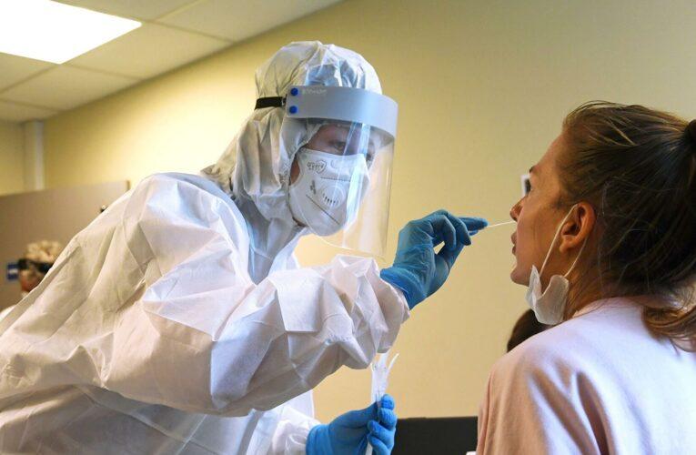 Украина вводит обязательное тестирование на коронавирус на границе