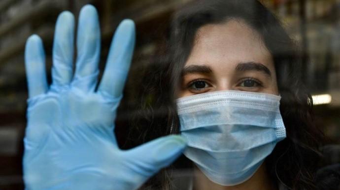 В мире зафиксирован самый низкий показатель заражений коронавирусом за последние три месяца