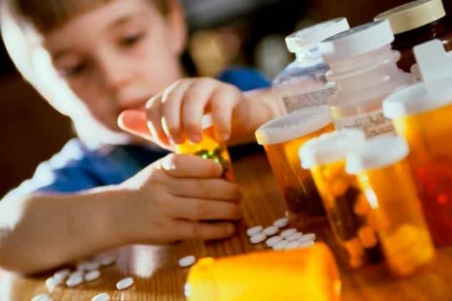 Детям запретят продажу лекарств