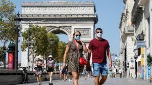 Франция объявила о начале четвертой волны коронавируса