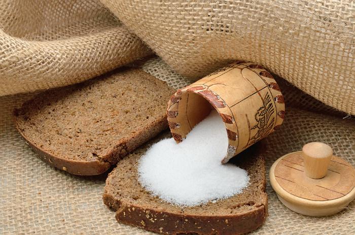 Медики объяснили, на что указывает высокая чувствительность к соли
