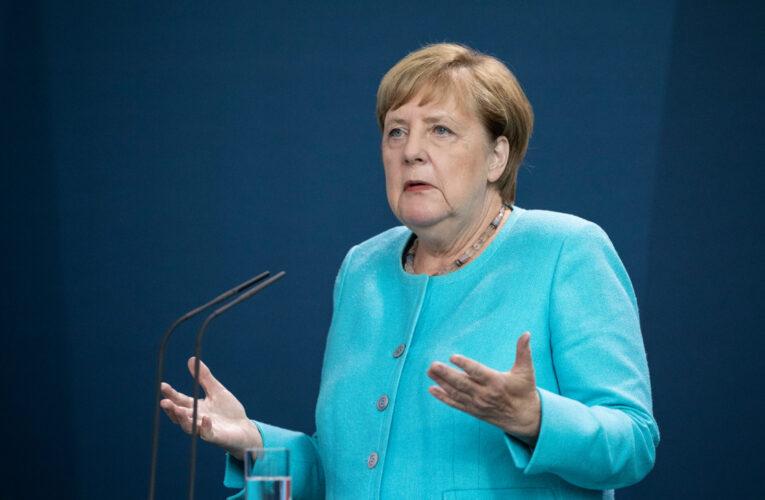 Меркель заявила о «взрывных» темпах заболеваемости коронавирусом в стране
