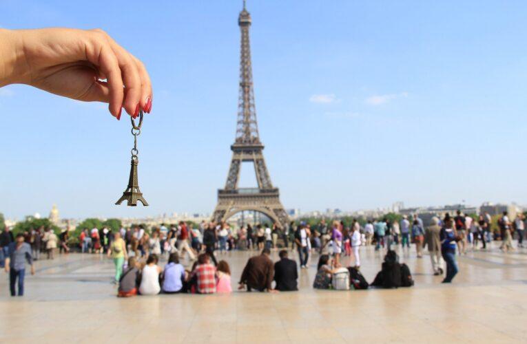 Правительство  Франции разрешило въезд украинским туристам