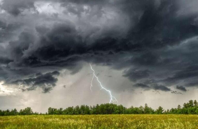 Похолодание и дожди: украинцев предупредили об ухудшении погоды