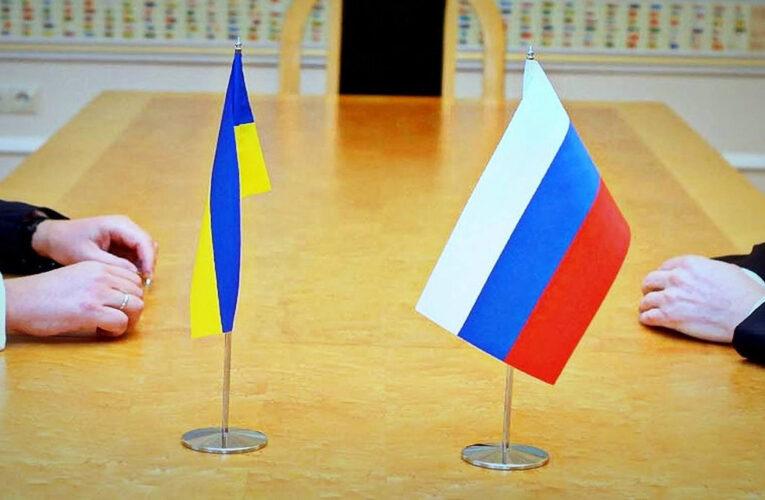 В Кремле объяснили, почему встреча Путина и Зеленского невозможна