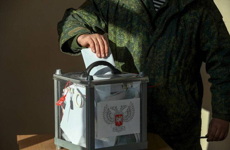 Оккупанты готовятся вывозить жителей Донбасса на выборы в Думу