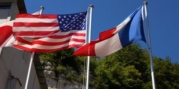 Во Франции заявили о серьезном кризисе в отношениях с США