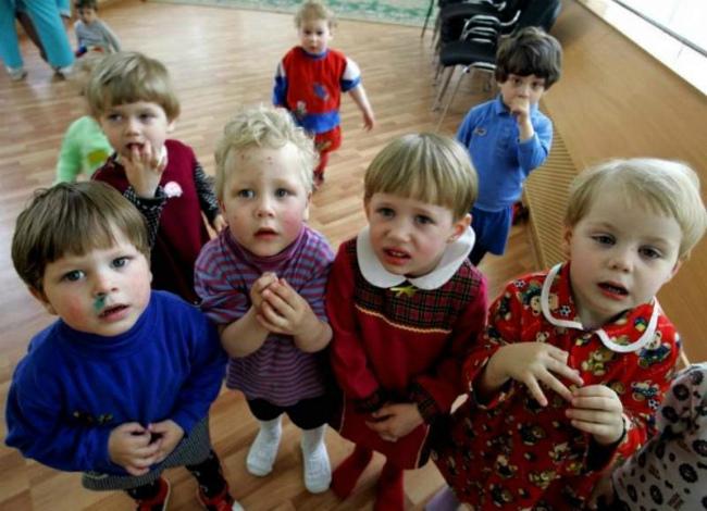 10000 детей ежегодно становятся сиротами в Украине
