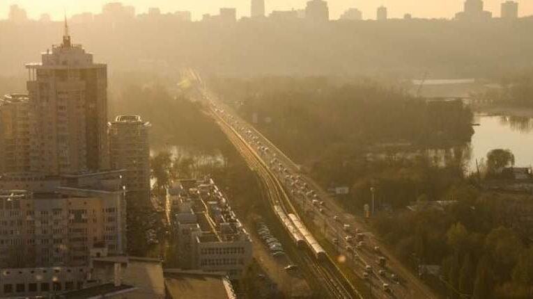 Кабмин  хочет ввести плату за пользование дорогами