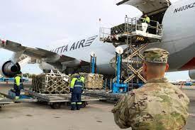 Груз с американским оружием прибыл в Украину