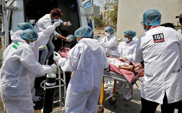 Украина уже на четвертом месте по смертности от коронавируса за сутки